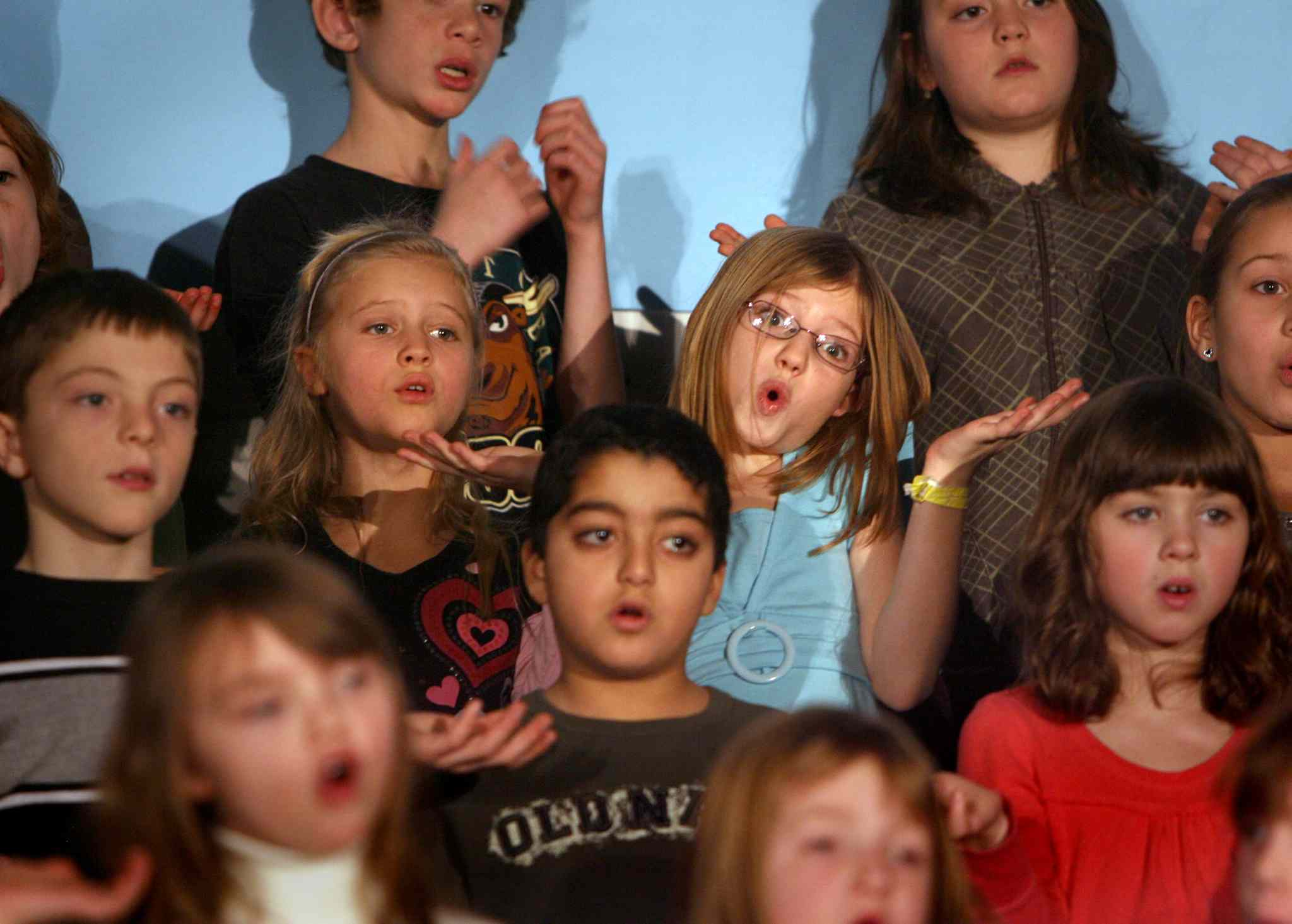 Students perform in their annual Christmas concert.  (Ruth Bonneville / Winnipeg Free Press)