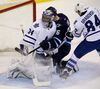 Jets run roughshod over Leafs
