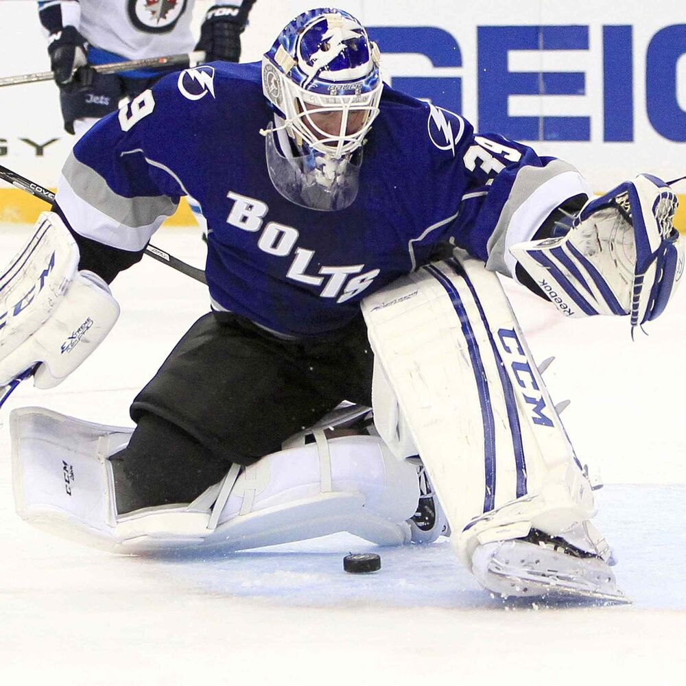 Tampa Bay Lightning goalie Anders Lindback makes a save against the Winnipeg Jets during the second period. (Dirk Shadd / Tampa Bay Times / MCT)