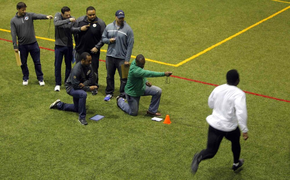 Bison David Onyemata at a football workout at the University of Manitoba. Onyemata is the first Manitoba Bisons to hold a pro-day football workout.  At least 12-16 NFL scouts and coaches were there to test his skills. March 14, 2016 -