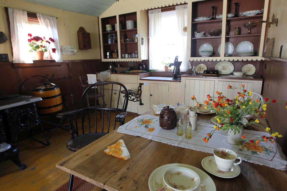The kitchen of the house where McClung boarded. (Boris Minkevich / Winnipeg Free Press)