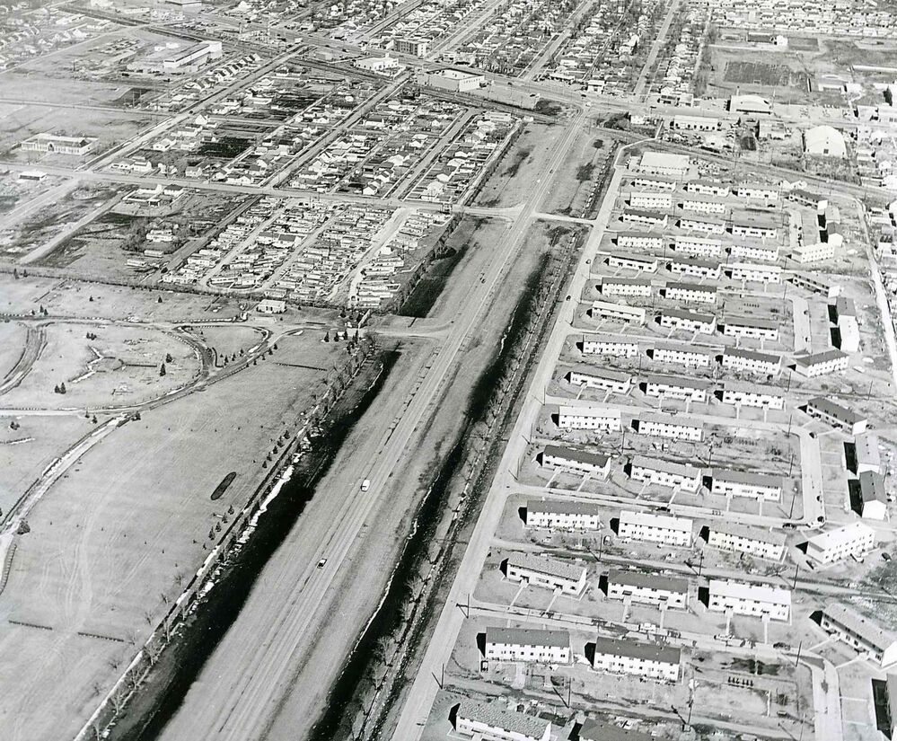 Fort Garry in 1961 looking east along McGillivray Boulevard towards Pembina Highway. (Winnipeg Free Press files)