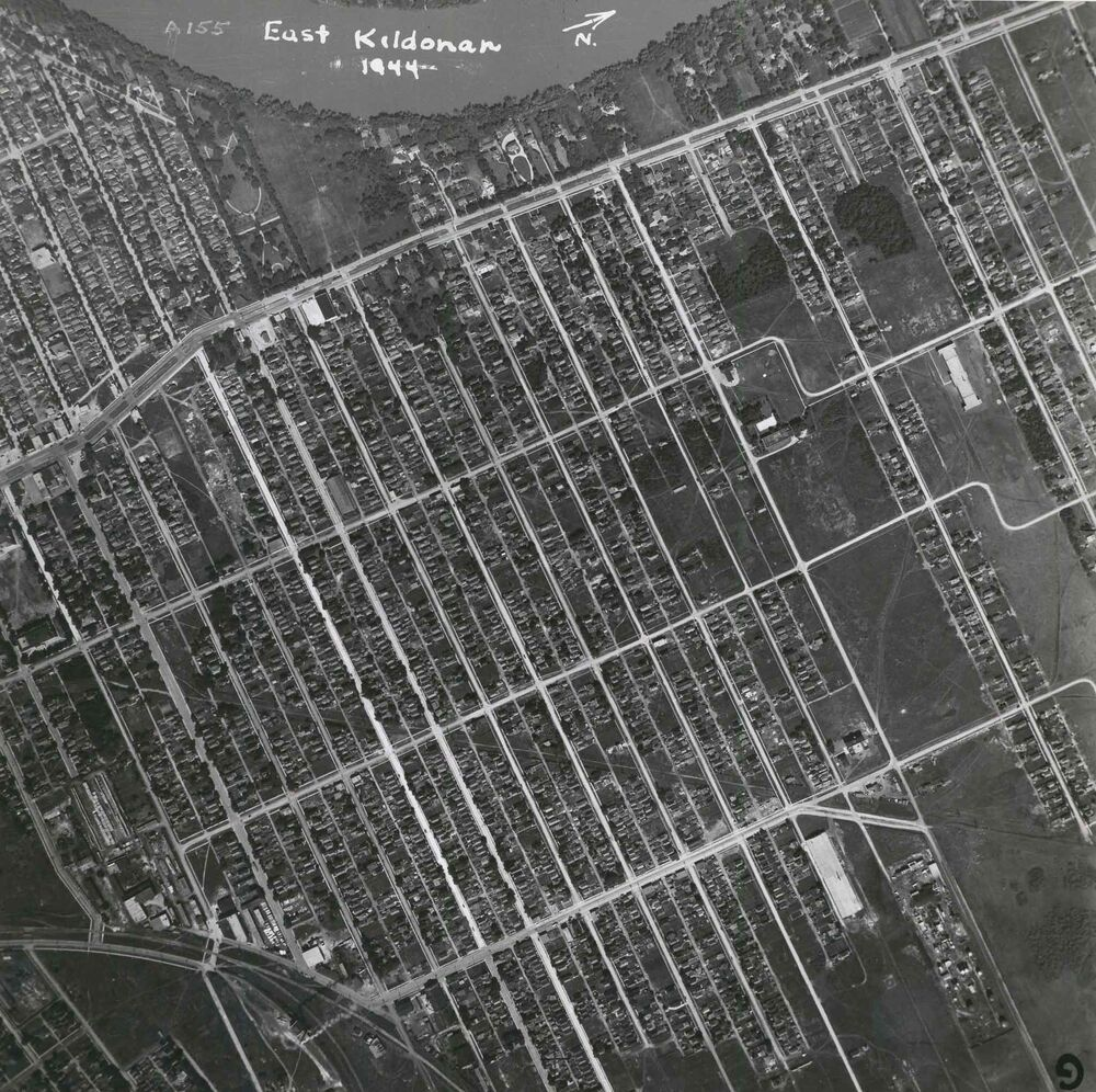 East Kildonan from the air in 1944. (Files)