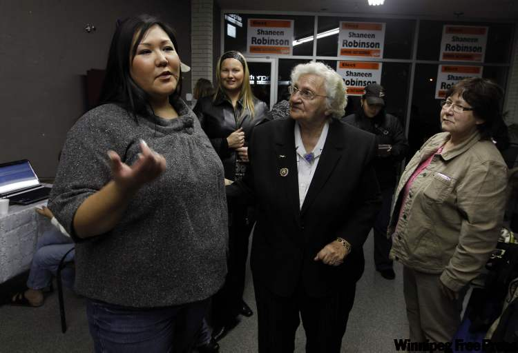 Council candidate Shaneen Robinson (left) holds open house.