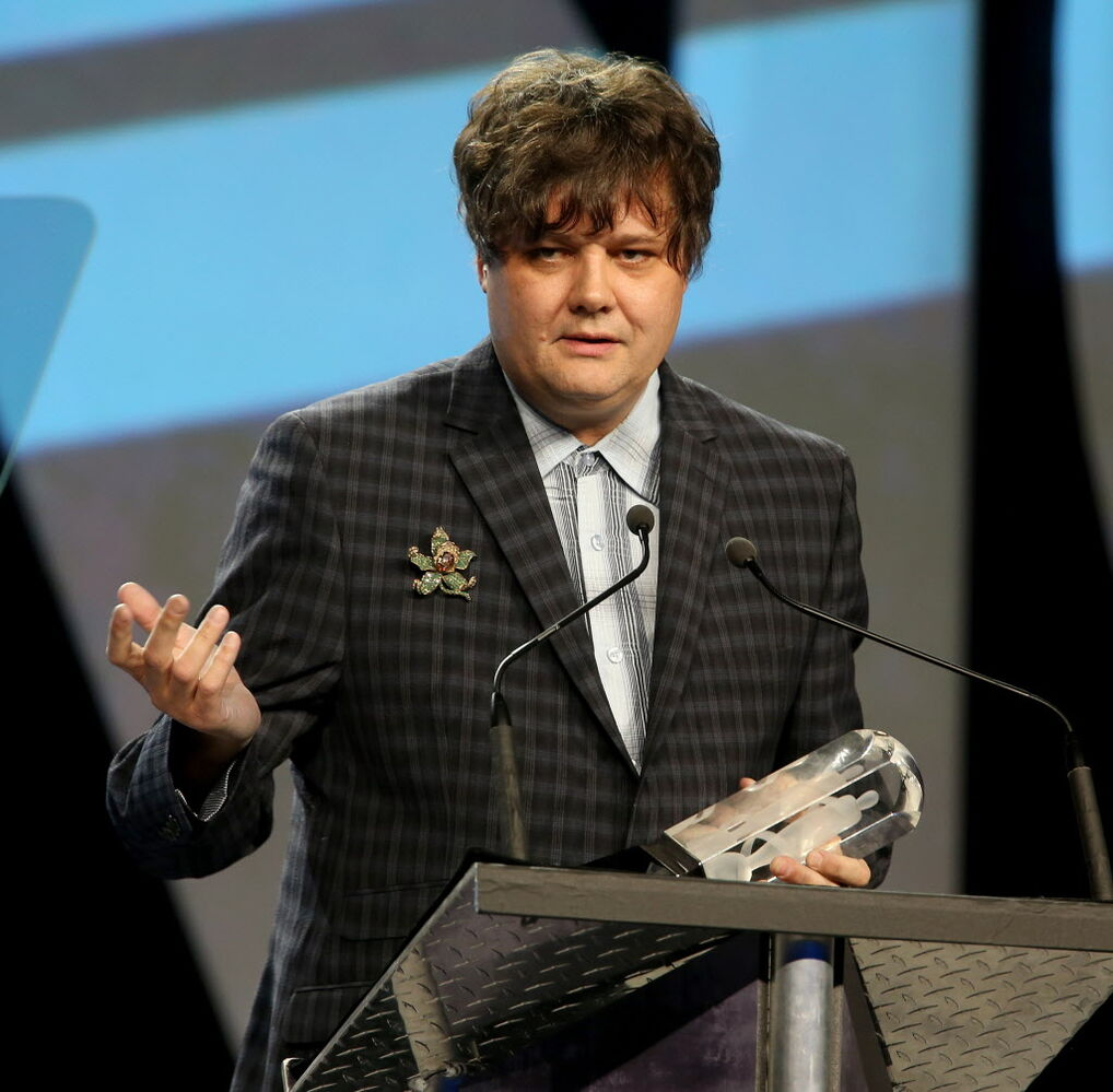 Ron Sexsmith wins the Juno for Adult Alternative Album of the Year. (TREVOR HAGAN / WINNIPEG FREE PRESS)