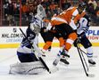 Jokinen breaks scoring slump, Simmonds channels Howe in Flyers win over Jets