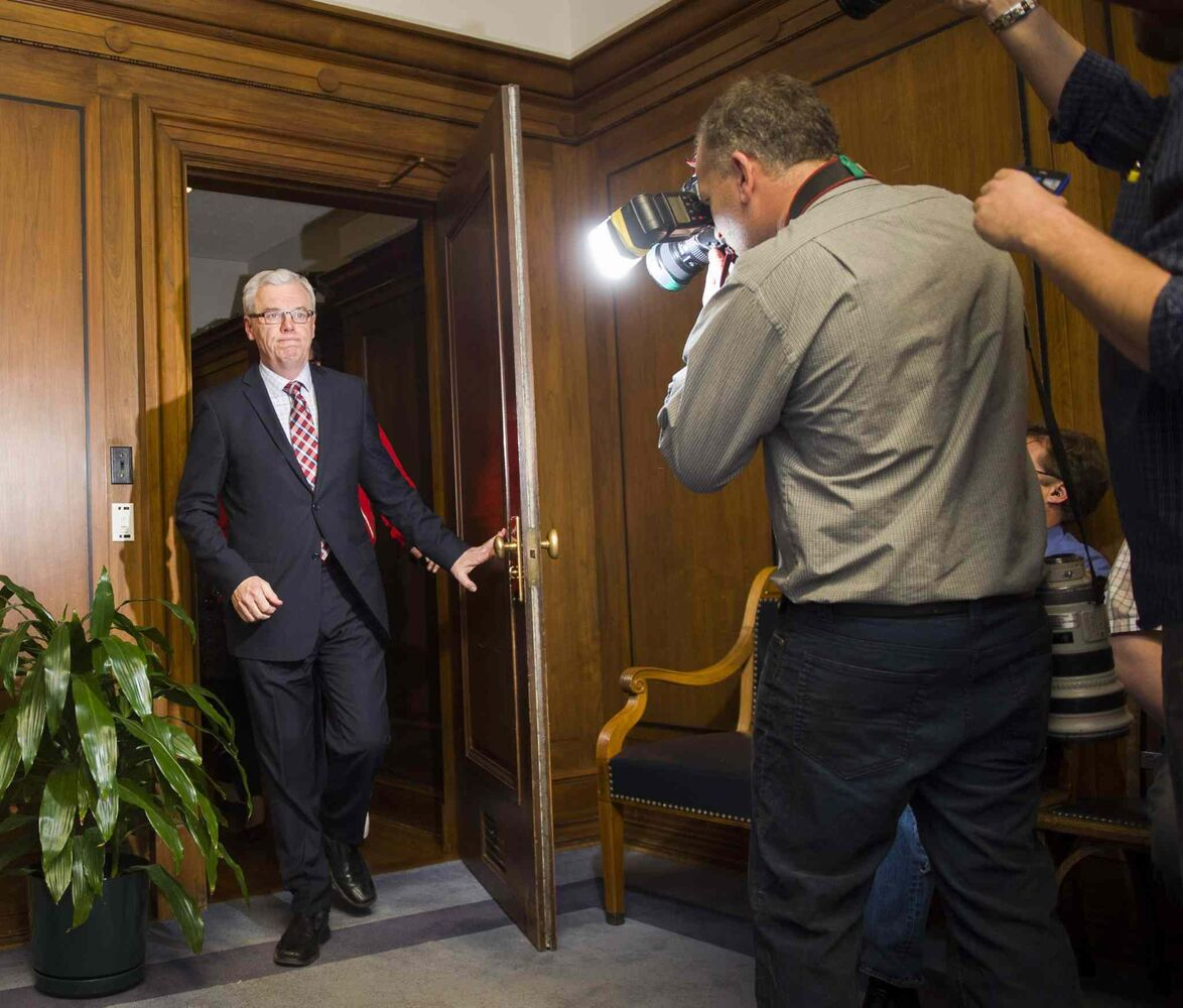 Manitoba Premier Greg Selinger arrives for a news conference Oct. 28 to announce his future intentions. (David Lipnowski / The Canadian Press)