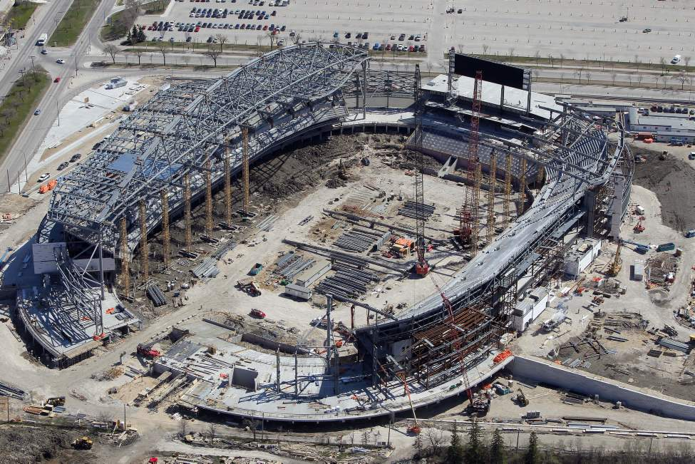The new Investors Group Field. (BORIS MINKEVICH / WINNIPEG FREE PRESS)