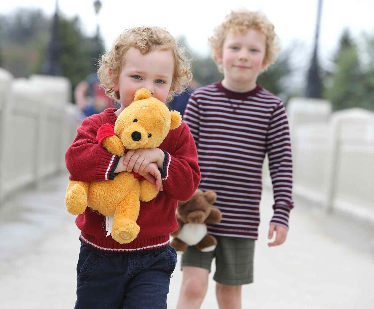 Brendan McCorkell, 3, and brother Matthew, 6, arrive for the 28th annual Teddy Bears Picnic at Assiniboine Park Sunday. The event is a fundraiser for the Children's Hospital Foundation of Manitoba. Photo by Jason Halstead/Winnipeg Free Press (Jason Halstead)