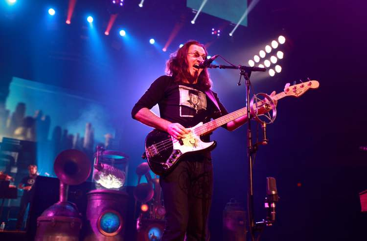 Rush lead vocalist Geddy Lee
