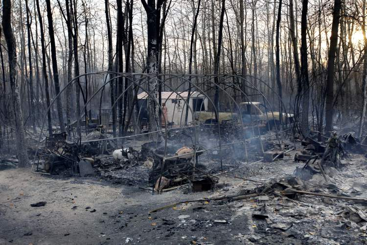 Property in Vita that was destroyed, October 2. (BORIS MINKEVICH / WINNIPEG FREE PRESS)