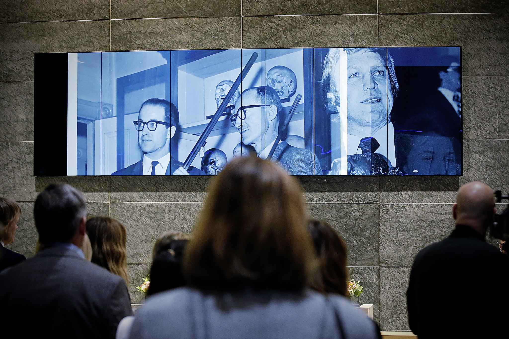 Designed by Venezuelan-Colombian artist and computer engineer David Medina, the artwork features a video wall of seven 65-inch vertical displays. (John Woods / Winnipeg Free Press)
