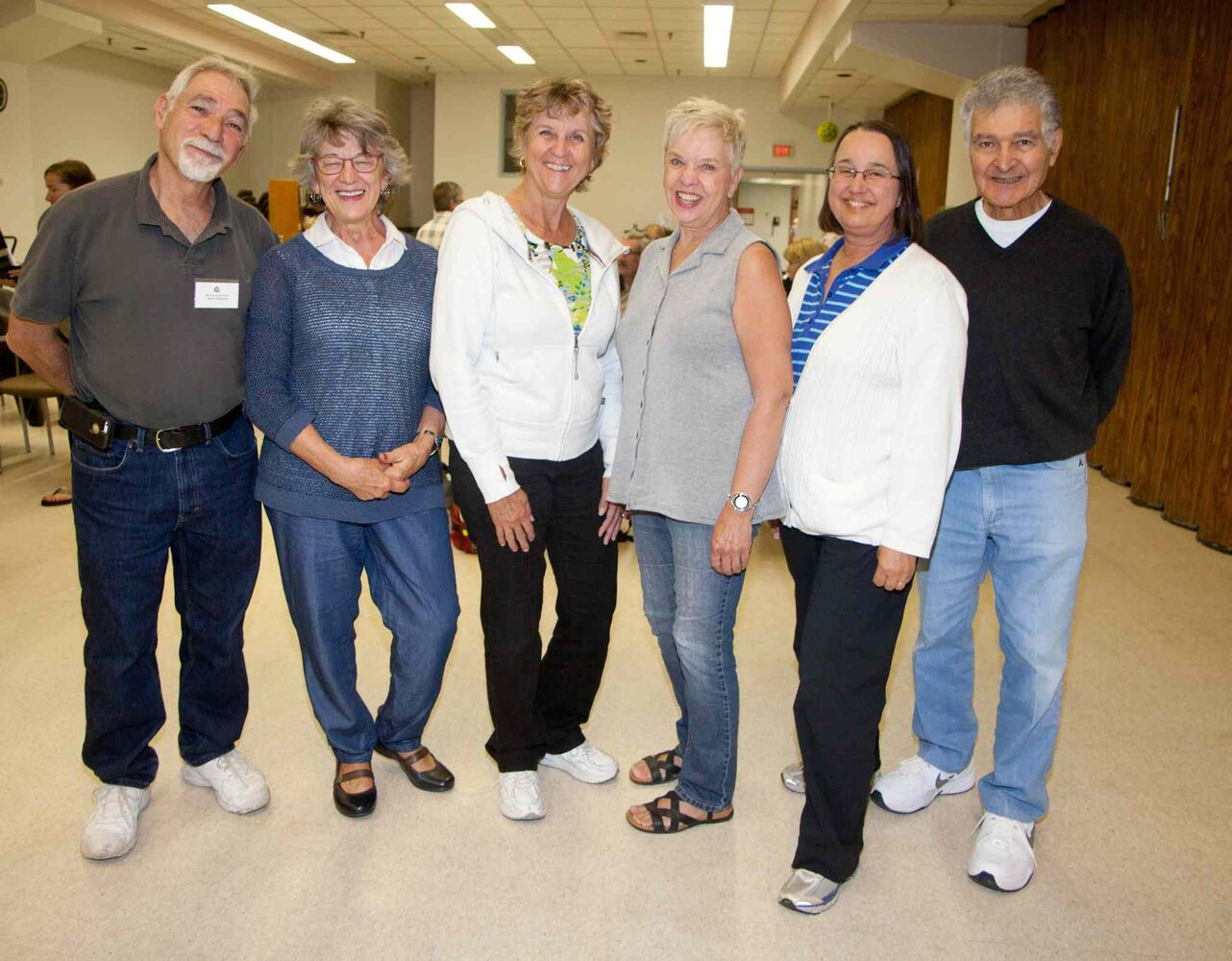 The Manitoba Camera Club has been a gathering place for shutterbugs since 1932. They meet every Tuesday from September to April. Pictured, from left, at their Sept. 8, 2015 meeting are Bert Schaffer, Ruth Penner, Elaine Delannoy, Wendy Stephenson, Gail Marchessault and Jack Kaplan.  (JOHN JOHNSTON / WINNIPEG FREE PRESS)