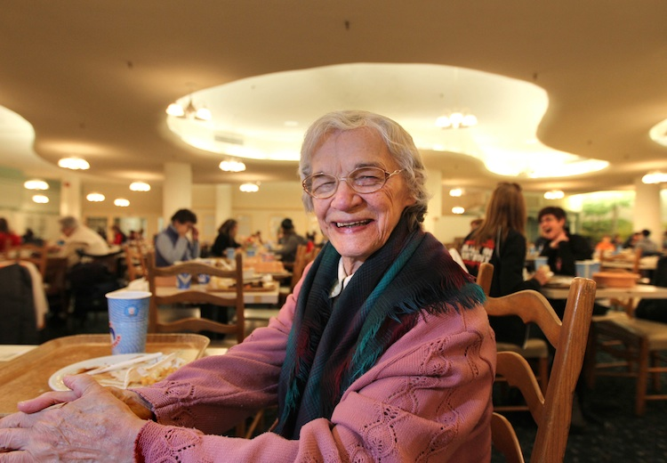 Irene Andrusko has been coming to the Paddlewheel Restaurant for over 30 years. (Ruth Bonneville / Winnipeg Free Press)