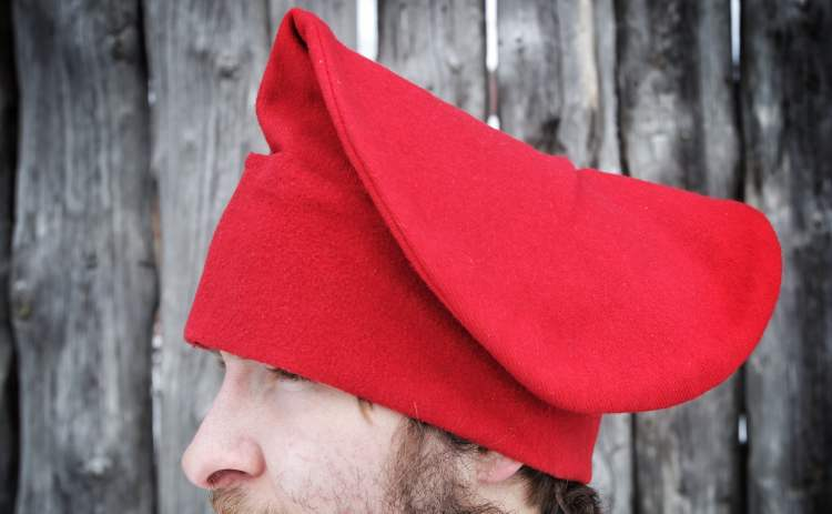 In 1815, voyageurs really did wear felt toques. But the red toque, Festival du Voyageur's symbol, was an arbitrary colour selection in 1970, when the festival was founded as a Manitoba centennial project. During the fur trade, different brigades of voyageurs wore different colour toques. The Red River brigade likely wore blue hats, not red.