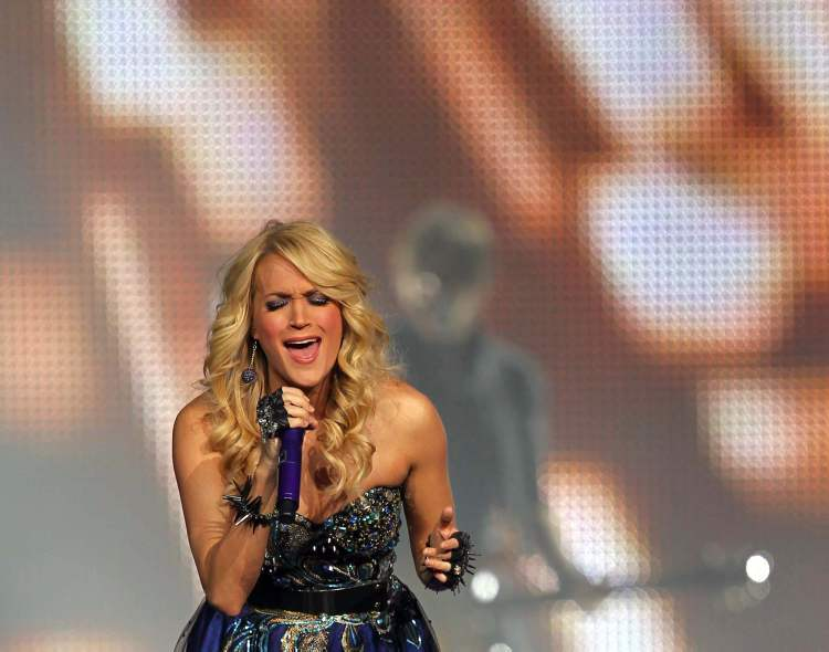 Carrie Underwood. (BORIS MINKEVICH / WINNIPEG FREE PRESS)