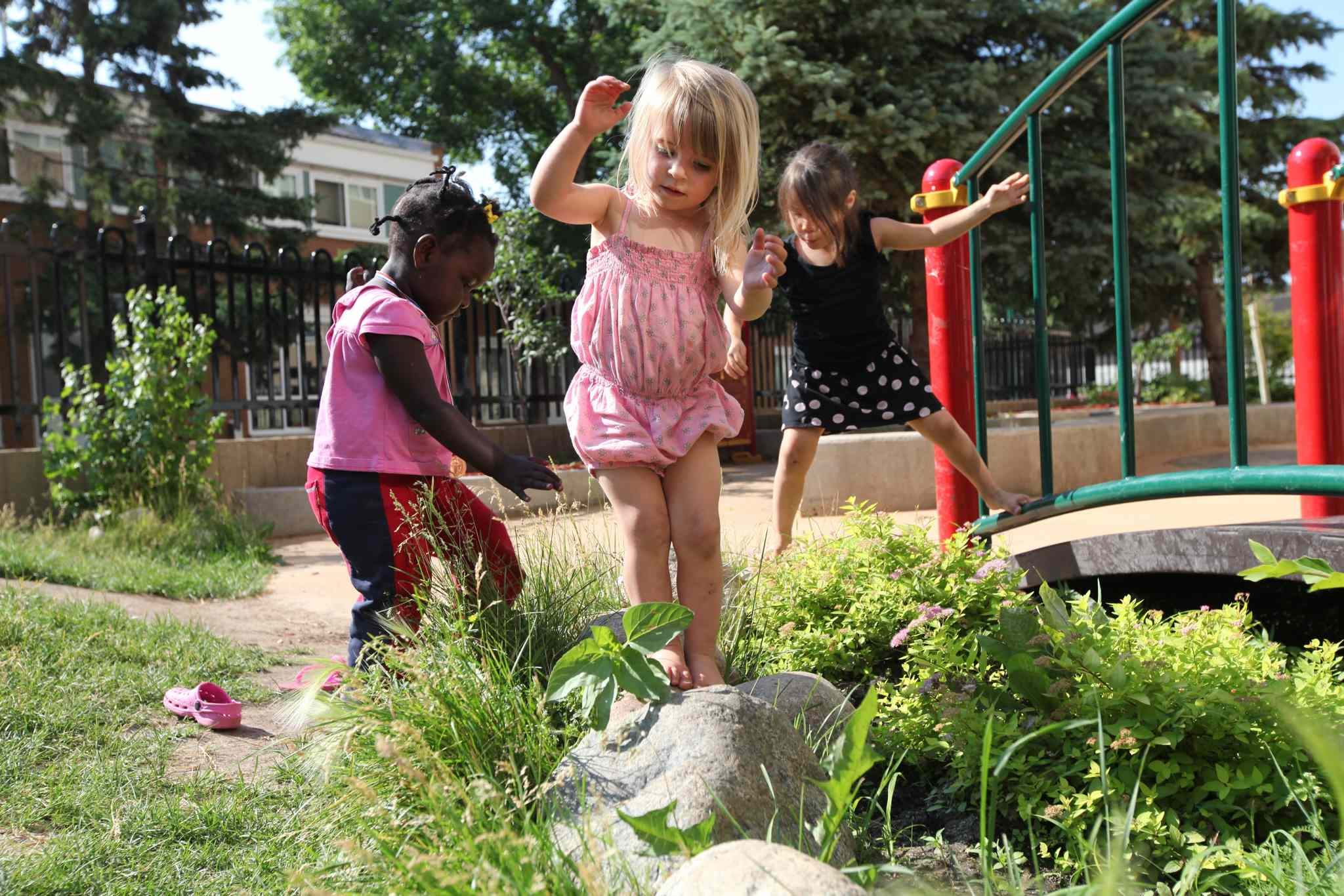 Manidoo-Lord Selkirk Park Childcare Centre sends kids outdoors and gets them ready to start school.