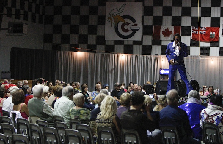 A good-sized crowd was on hand at the Gimli Rec Centre for the Manitoba Elvis Festival Saturday night. (JESSICA BURTNICK / WINNIPEG FREE PRESS)