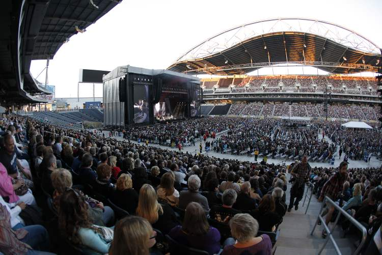 A side view of the crowd at Investors Group Field. (John Woods / Winnipeg Free Press)