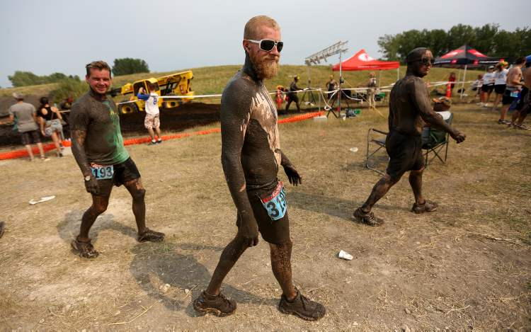 The mud dried out on participants pretty quick thanks to the heat.