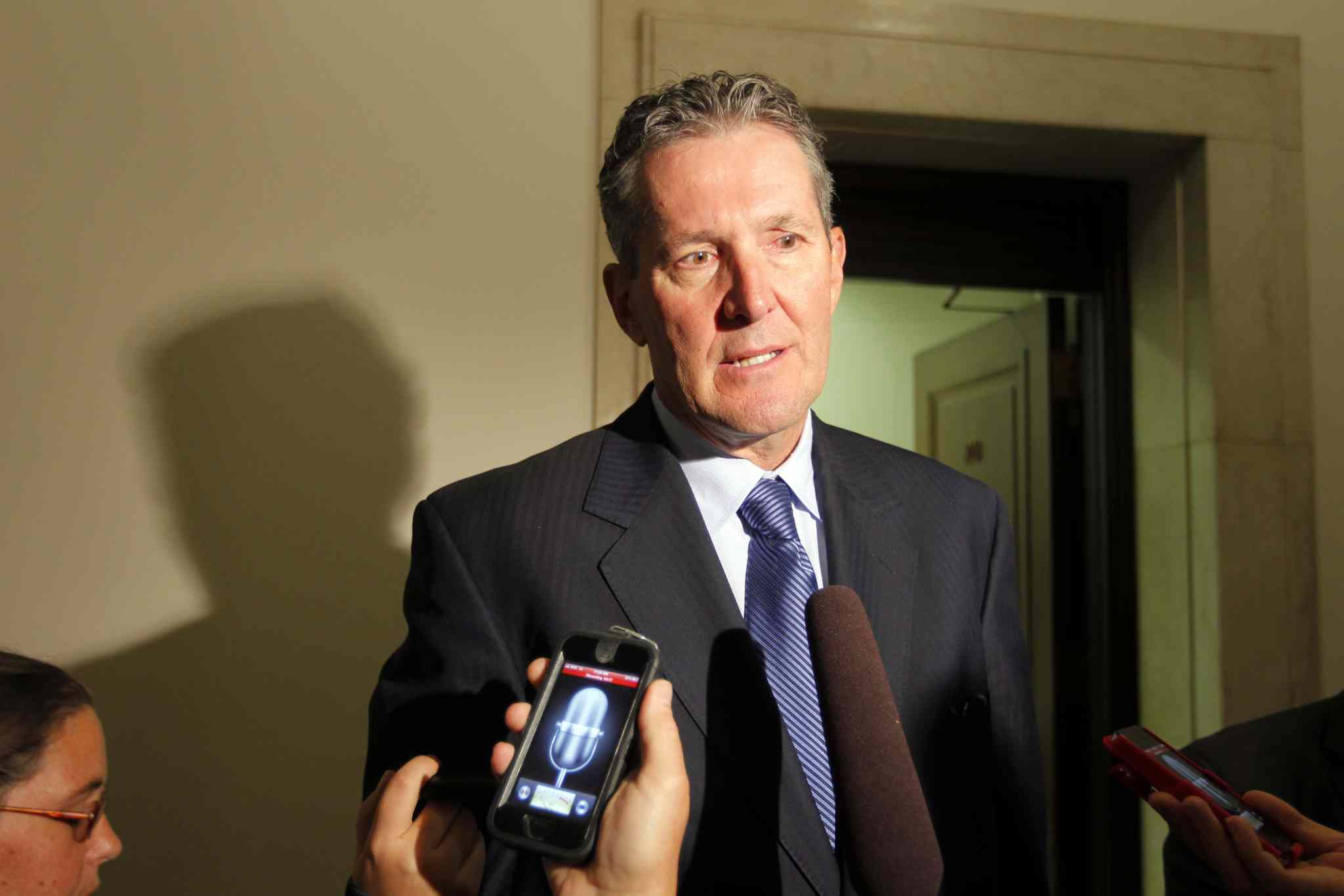 PC leader Brian Pallister has promised to raise the welfare housing rate to 75 per cent of median market rents and  increase the basic personal tax exemption to match the Canadian average.