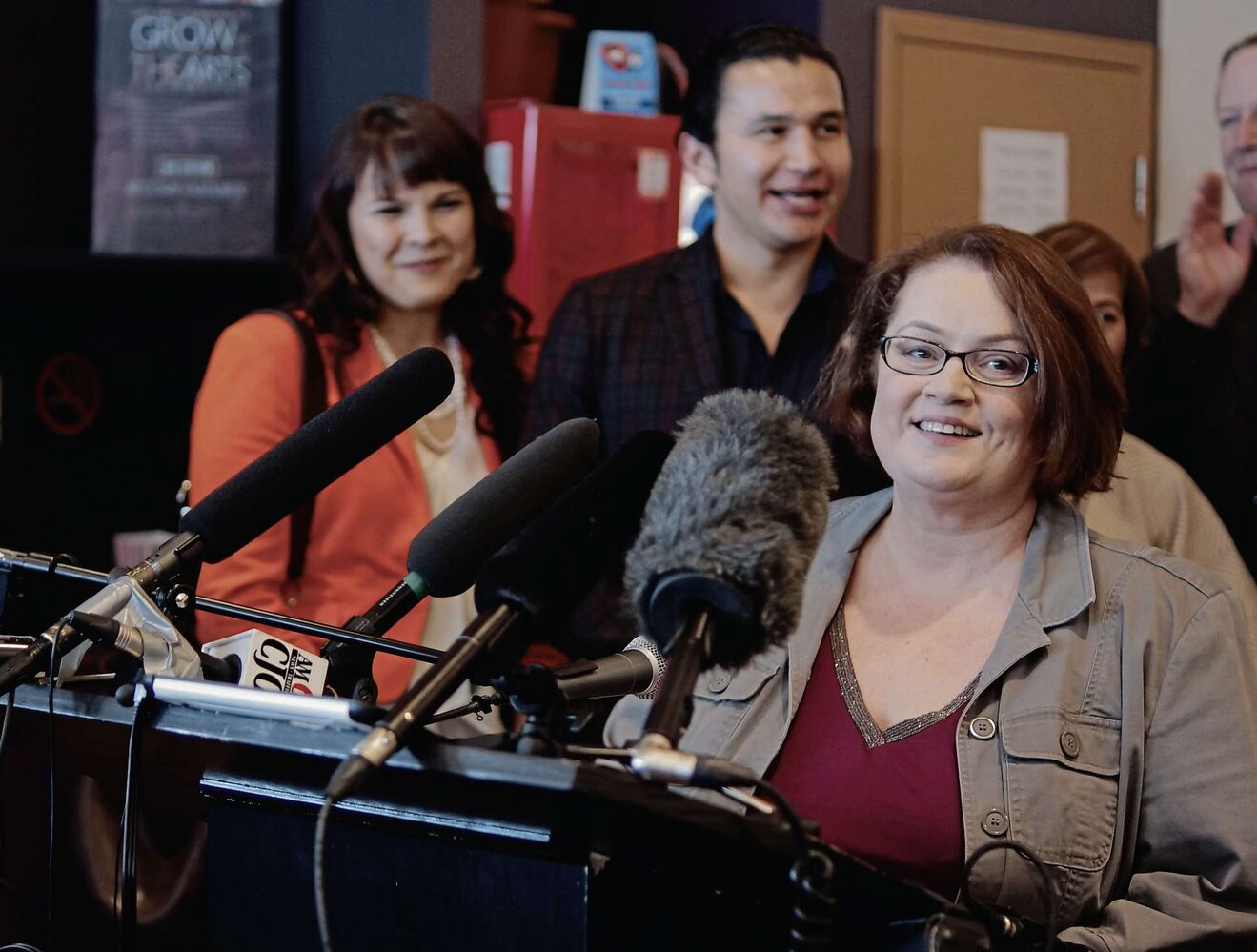 Jennifer Howard, foreground, announced she would not seek re-election in Fort Rouge at the end of January 2016. Wab Kinew, background, successfully ran for the NDP in Fort Rouge during the provincial election. (Danielle Da Silva - Sou'wester)