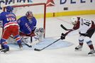 Panarin helps Shesterkin win NHL debut, Rangers beat Avs 5-3