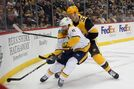 Guentzel's power-play goal lifts Penguins past Predators 6-4