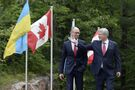 Harper set to meet Ukrainian PM to talk trade, but is politics also on the table?