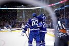 Hutchinson perfect as Leafs blank Islanders 3-0; Toronto on 10-game point streak