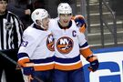 Islanders overpower Panthers to sweep season series