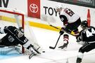 Bunting's hat trick, power play push Coyotes past Kings 5-2