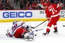 Henrik Lundqvist shuts out Red Wings in Rangers' 1-0 win