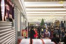 Hundreds flock to Seafood City opening