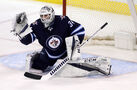 Goalie Hutchinson leaves Jets for Florida