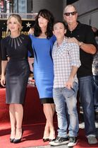 Christina Applegate, from left, Katey Sagal, David Faustino, and Ed O'Neill from