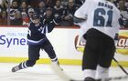 Coach not concerned about Laine's slump
