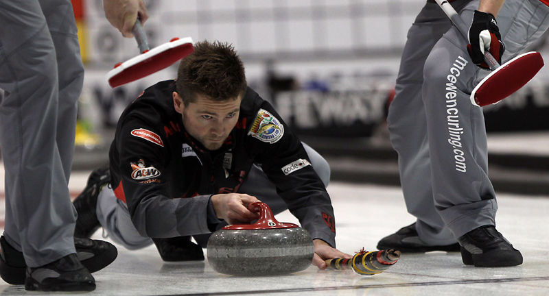 Mike McEwen from the Fort Rouge Curling Club faces off against Neepawa skip Kelly Robertson at the MTS Iceplex.