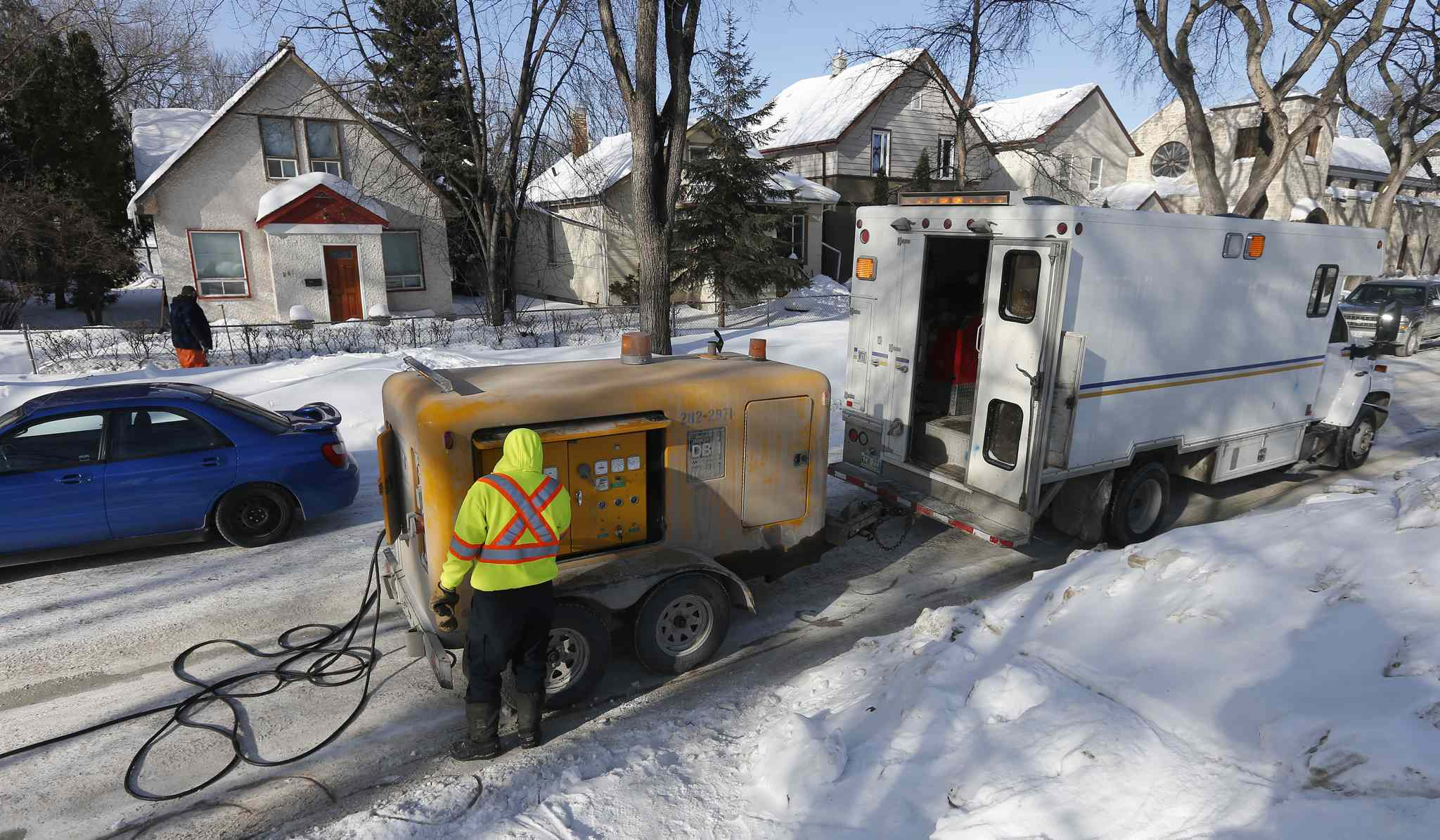 Some Winnipeggers have waited more than a month to have their frozen pipes thawed.