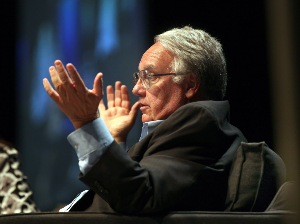 Howard Buffet gestures while taking questions from the after lunch crowd at the Convention Center Tuesday.