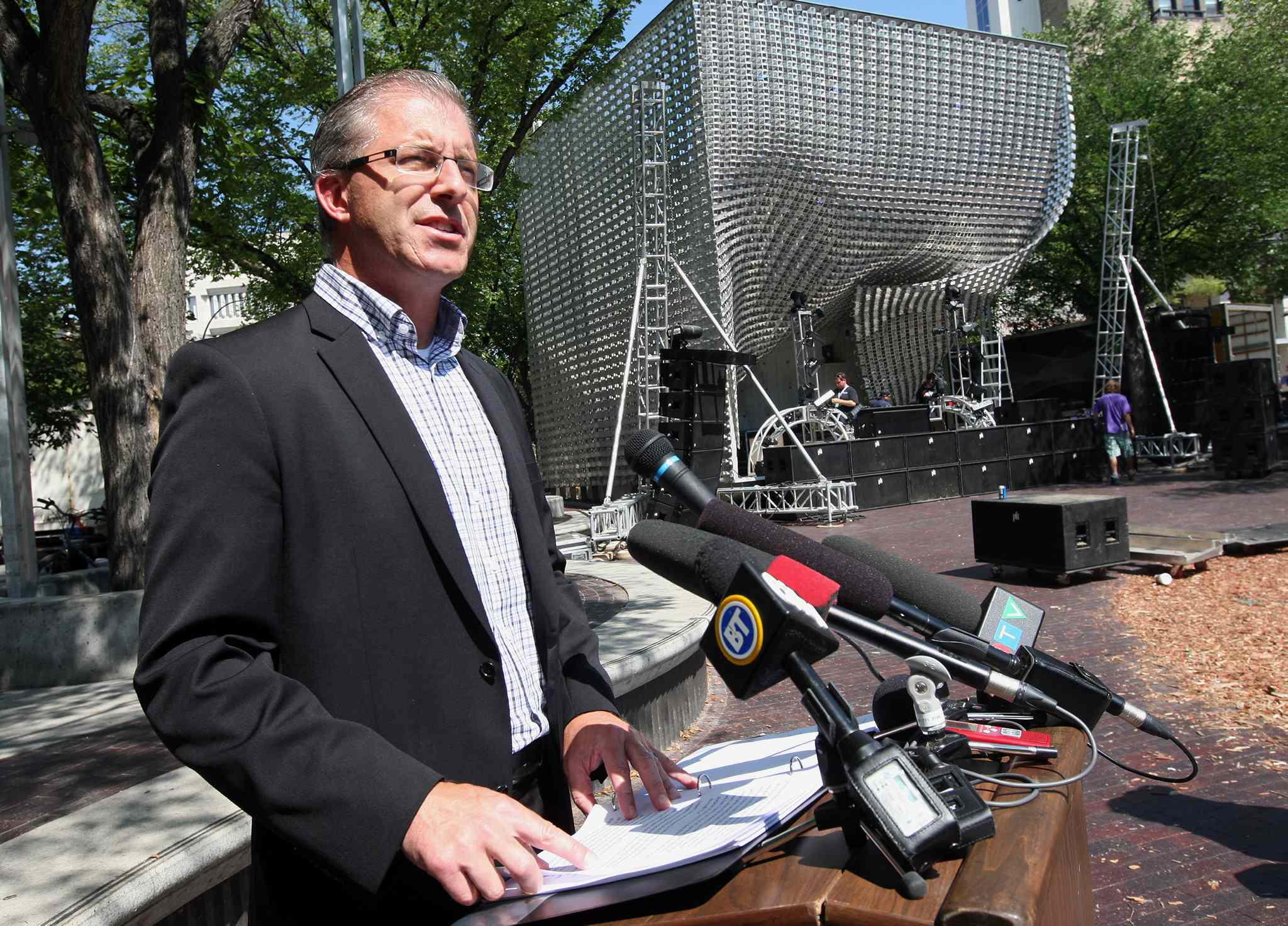 Gord Steeves' polarizing promises have changed the face of the mayoral campaign.