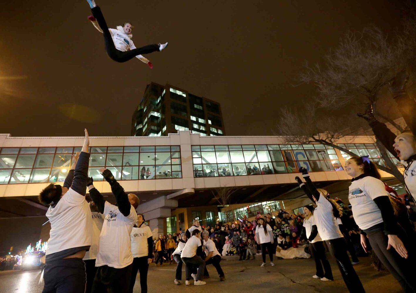 A cheerleading squad shows off their stuff. (TREVOR HAGAN / WINNIPEG FREE PRESS)