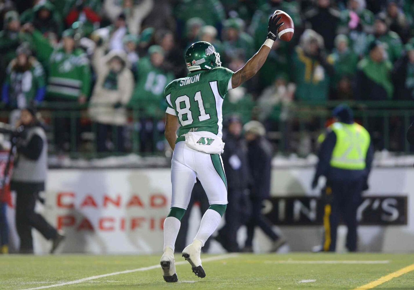 Saskatchewan Roughriders slotback Geroy Simon celebrates his second touchdown against the Hamilton Tiger-Cats during the second quarter. (Jonathan Hayward / The Canadian Press)