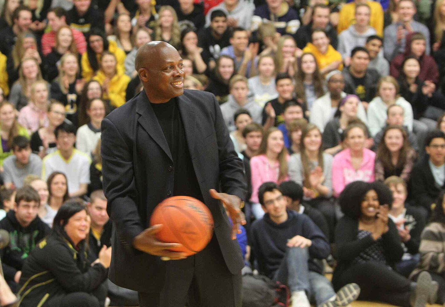 Ken Carter encouraged students to stay in school, to help others and to keep trying to improve during his talk at Dakota Collegiate Thursday.