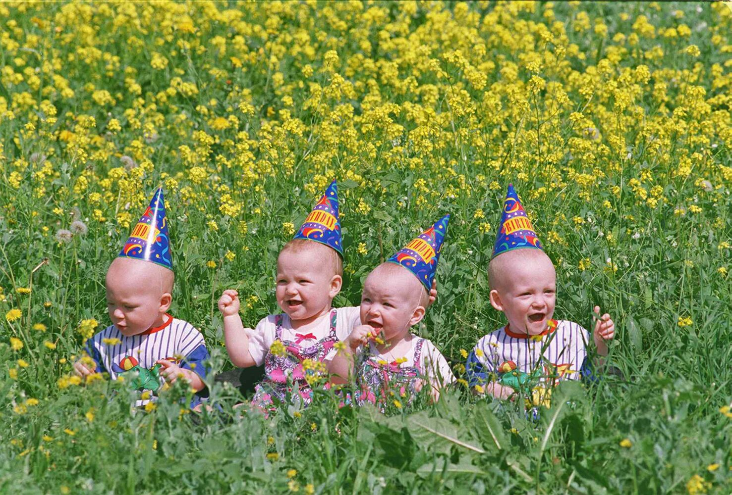 The quadruplets celebrate their first birthday. (JEFF DE BOOY / WINNIPEG FREE PRESS FILES)