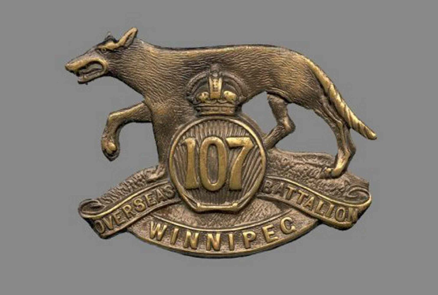 "The badge of the 107th Battalion, also known as the ""Timber Wolf"" Battalion.  (CANADIAN WAR MUSEUM)"