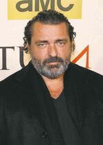 Angus Macfadyen will star in The Pinkertons, which begins shooting here in August.