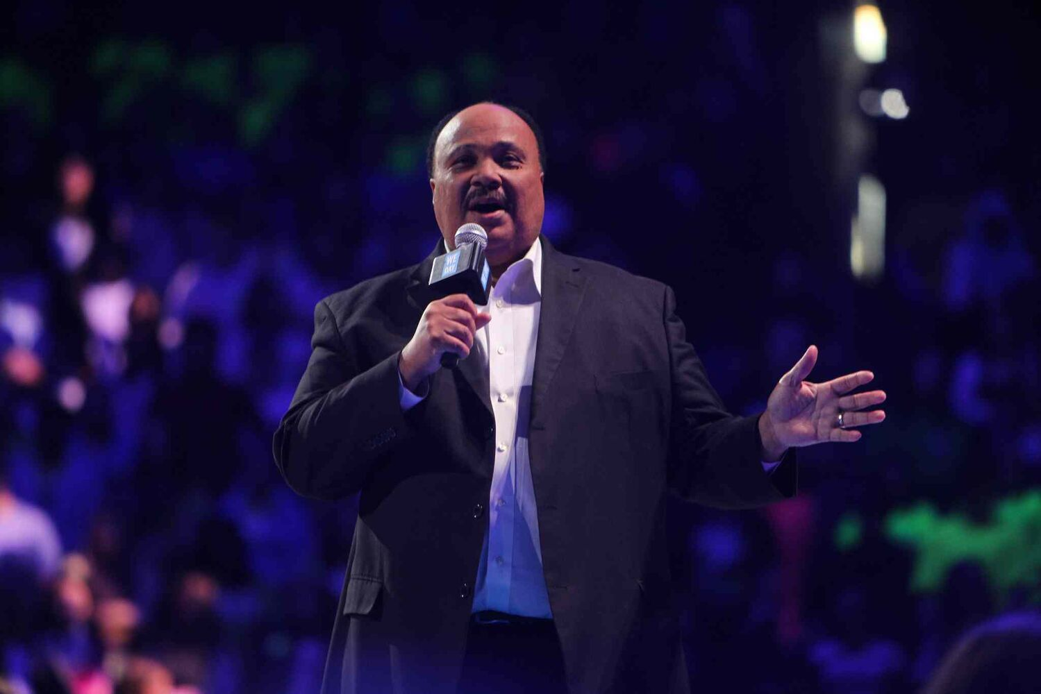 Martin Luther King III, human rights advocate and the eldest son of the late Dr. Martin Luther King Jr., speaks to the We Day crowd. (Ruth Bonneville / Winnipeg Free Press)