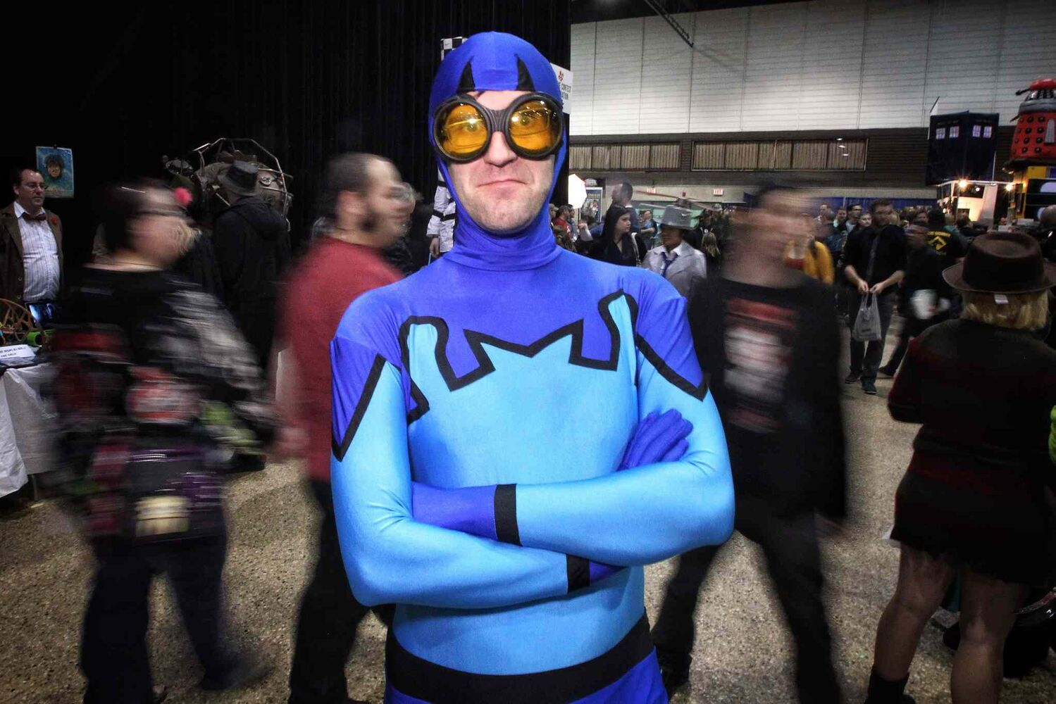 Andrew Bergen put on a Blue Beetle costume before heading to Central Canada Comic Convention (C4 for short). (Mike Deal / Winnipeg Free Press)