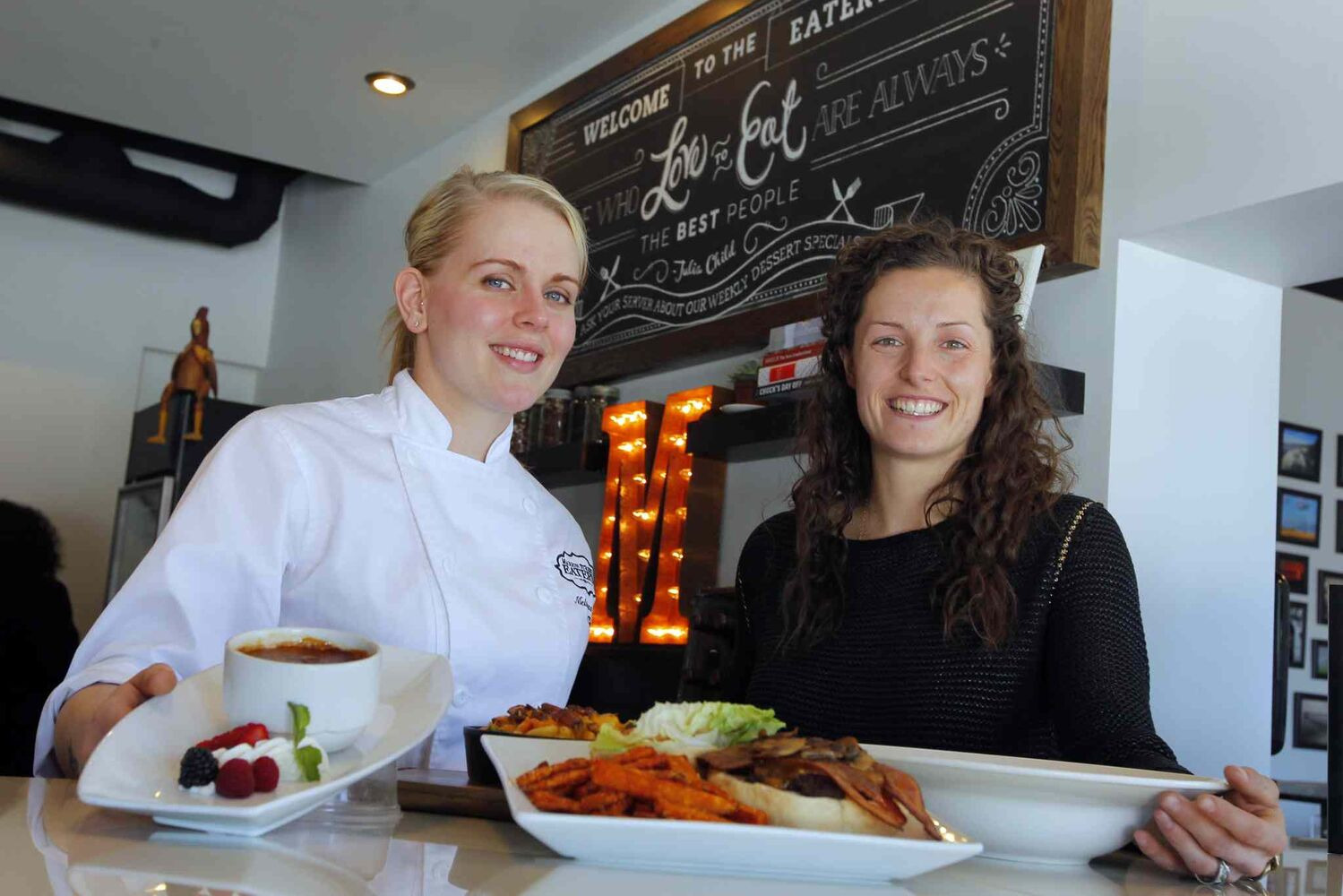 Chef Melissa Hryb and manager Laneil Smith at Marion Street Eatery.  (BORIS MINKEVICH / WINNIPEG FREE PRESS  )